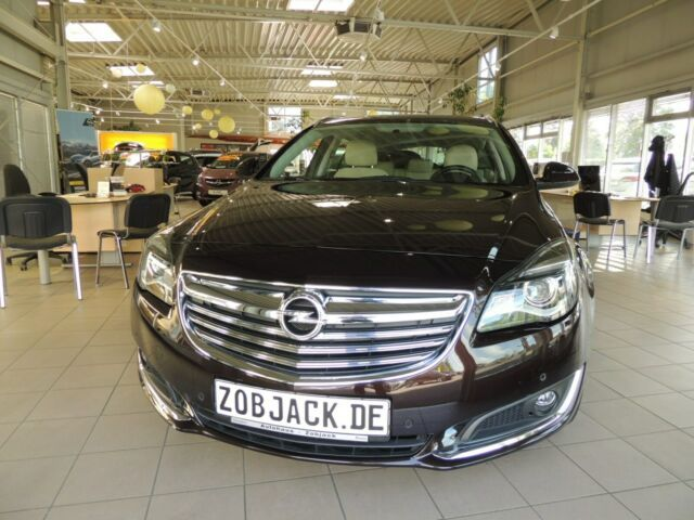 Insignia A 1,6 Turbo Sports Tourer Ansicht 1